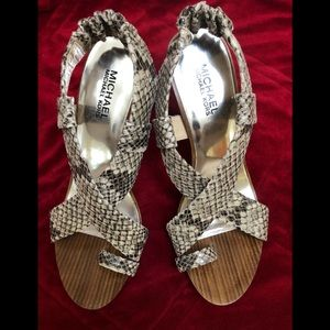 Shoes - Michael kord heels